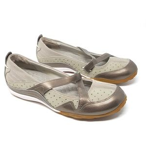 Privo by Clarks | Metallic Beige Mary Jane Flats